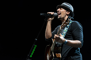 Jason Mraz by Lionel Boon for Live Nation Lushington Singapore